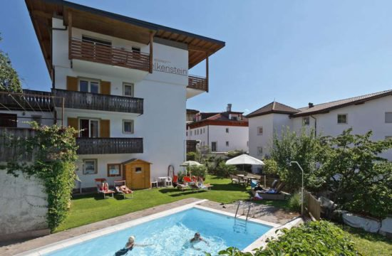 residence-nelkenstein-con-piscina 1