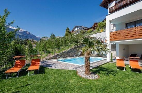 residence-nelkenstein-mit-schwimmbad-1