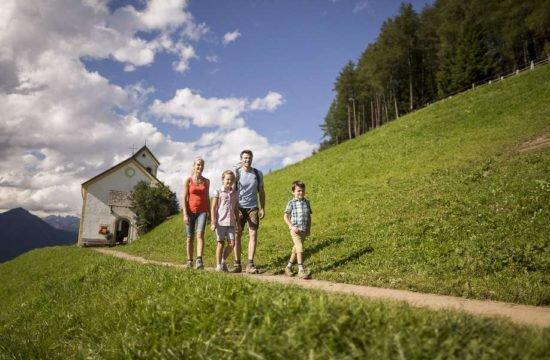 residence-nelkenstein-schenna-meraner-land-suedtirol (18)
