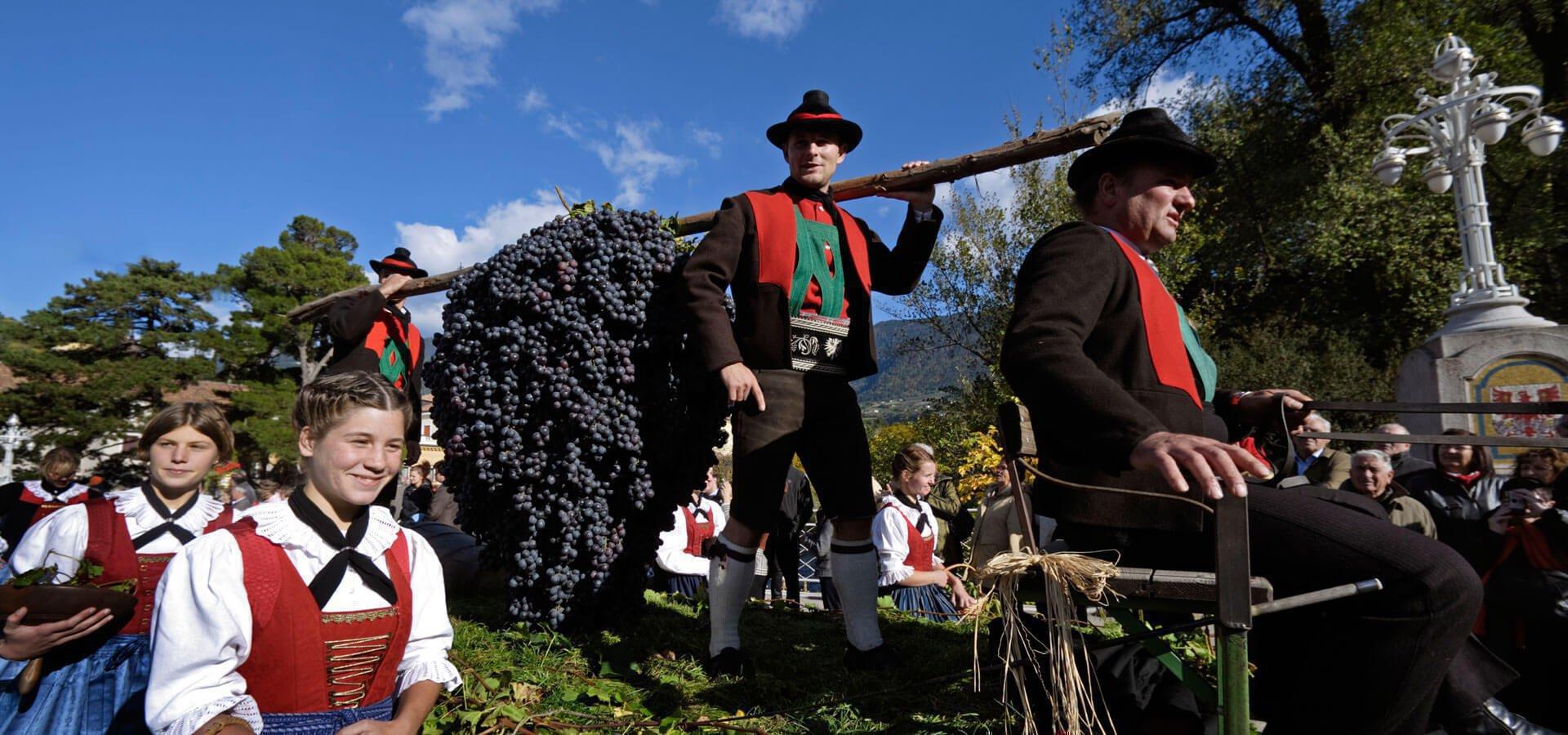 urlaub-im-meraner-land-tradition-suedtirol